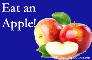 Vancouver chiropractic care recommends healthy diets full of fruits and veggies, so enjoy an apple the apple season!